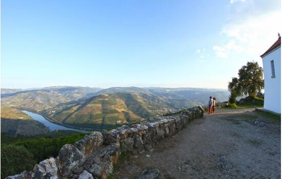 Aproveite os melhores miradouros do Douro para criar momentos inesquecíveis