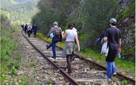 E, se os seus amigos forem mais aventureiros, desafie-os a fazer uma caminhada pelos recantos deste vale!