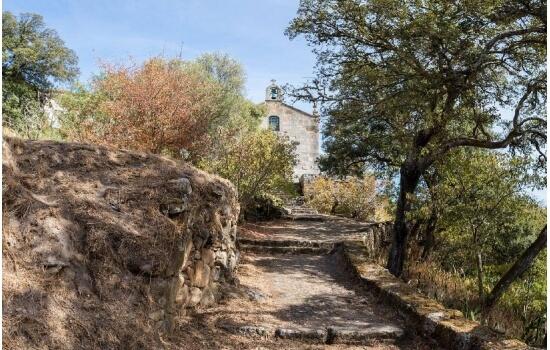 O Miradouro de São Salvador do Mundo é um dos miradouros mais famosos do mundo