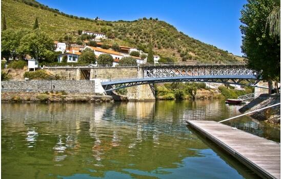 O Pinhão é uma das vilas mais típicas do Douro