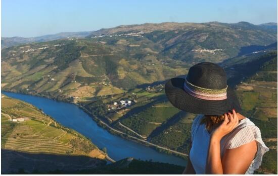 Em Casal de Loivos voltará a apaixonar-se pelas paisagens da região