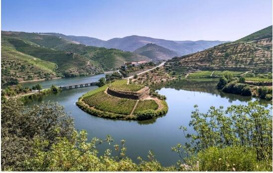 Nem sempre o Rio Douro foi tão calmo e sereno como hoje o conhecemos