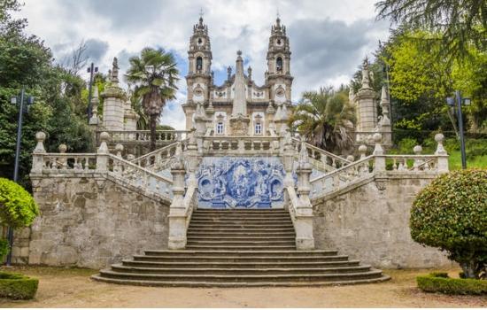 Em Lamego vamos descobrir um dos Santuários mais belos de Portugal