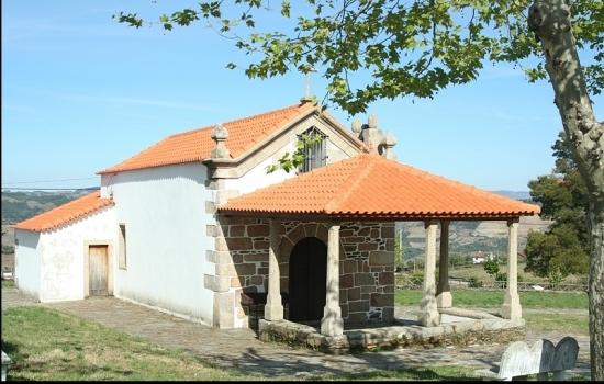 A Capela de Santa Marinha, que em tempos foi um templo pagão