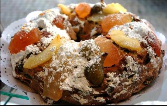E para sobremesa, porque não uns tradicionais doces? O Bolo-Rei de Tabuaço leva a coroa da mesa!