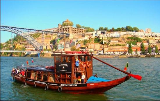 Este cruzeiro tem partidas do Porto ou de Vila Nova de Gaia