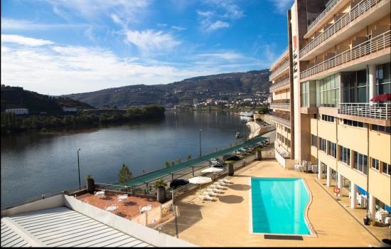 O Hotel RéguaDouro tem uma excelente localização e oferece uma das melhores vistas sobre o Rio Douro