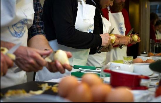 As cooking experiences estão na moda e com elas vai poder descobrir os sabores mais típicos do Douro