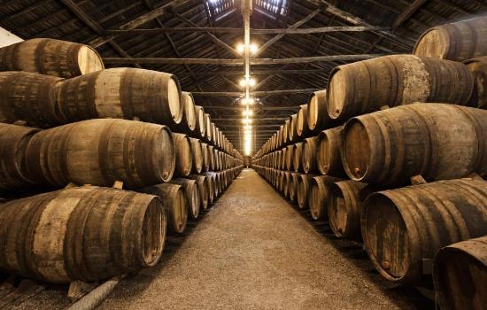 O tipo de armazenamento tem influência sobre a composição do vinho
