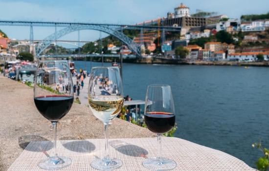 E claro, terminar a visita com uma deliciosa prova de vinhos é a nossa sugestão.