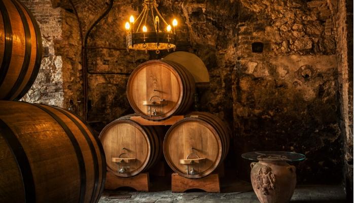 Contacte-nos para conhecer as Caves Ferreira, em Vila Nova de Gaia, e delicie-se com uma maravilhosa prova de vinhos.