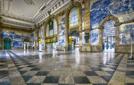Os azulejos da Estação de São Bento são aclamados por todo o mundo