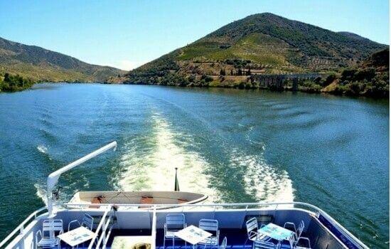 Navegue por toda a extensão do Rio Douro em território português e divirta-se a bordo