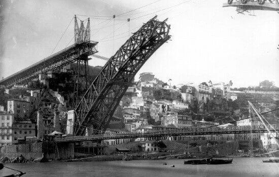 O tabuleiro inferior da Ponte foi inaugurado em 1887