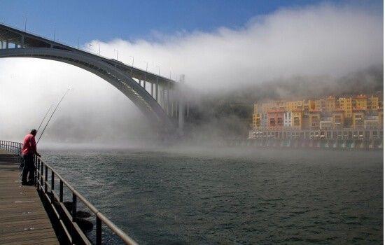 É a ponte mais próxima do mar e a paisagem que proporciona é incrivelmente bela