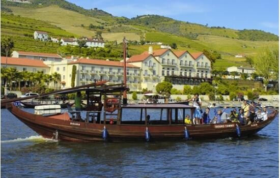 Um cruzeiro pelas margens do Pinhão é uma experiência revigorante