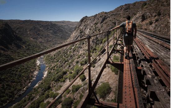 Os trilhos do Douro são uma ótima opção para os amantes da natureza