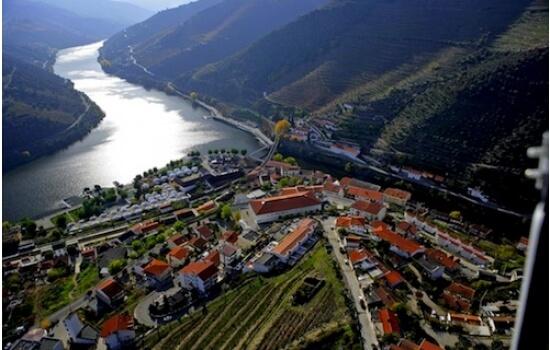 Não sendo uma das maiores vilas da região, é sem dúvida uma das mais emblemáticas