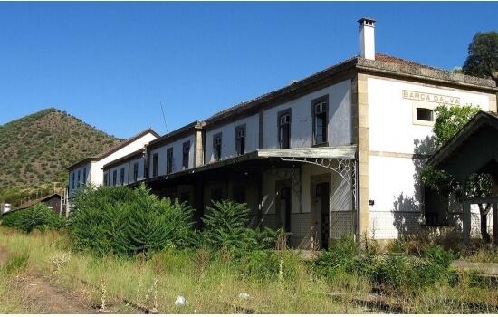 Agora abandonada, a Estação de Barca d'Alva já foi uma das mais movimentadas do país